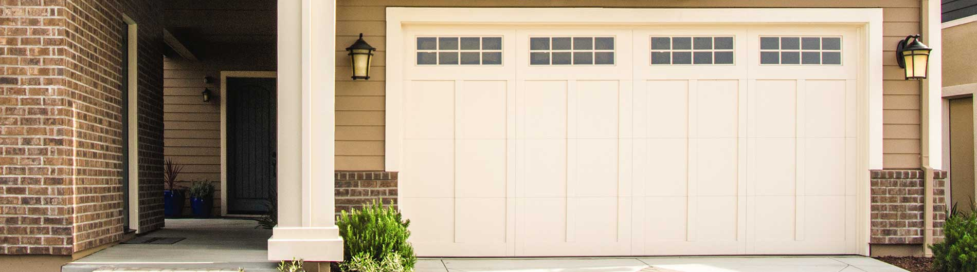 Carriage House Steel Garage Doors 6600