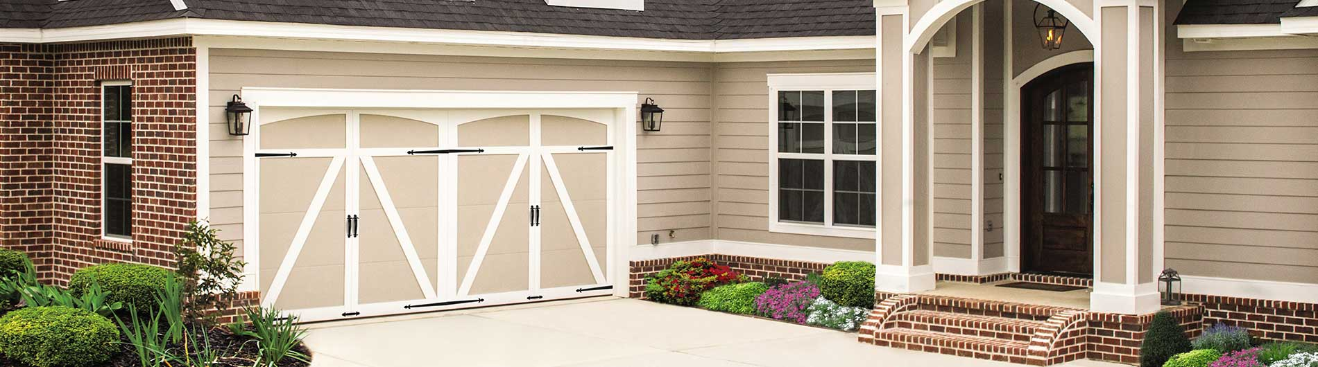 Carriage House 6600 - springfield panel -  white almond