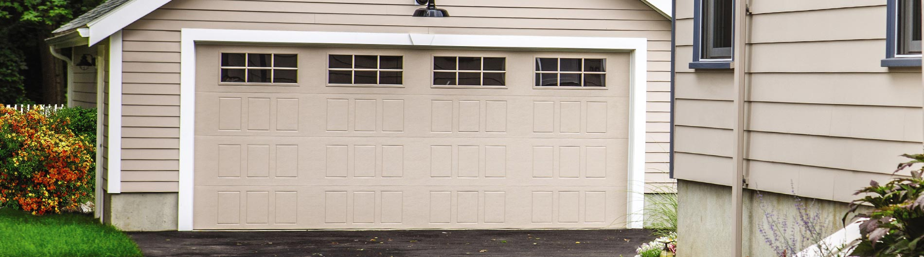 9510 Steel Garage Door 2