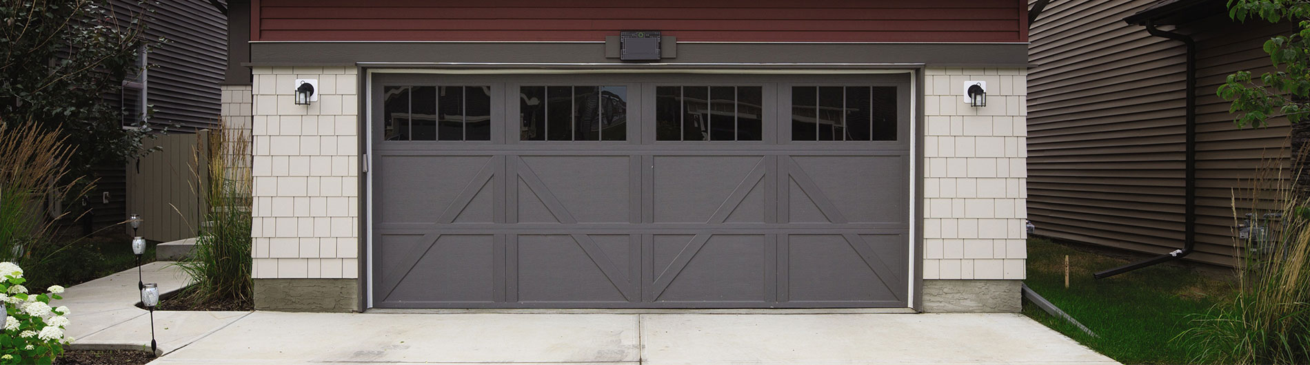Carriage house steel garage doors 9700 9700 ch garage door rubansaba